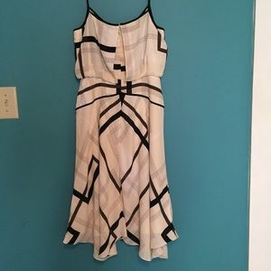 Banana Republic Dresses - Banana Republic Midi Dress